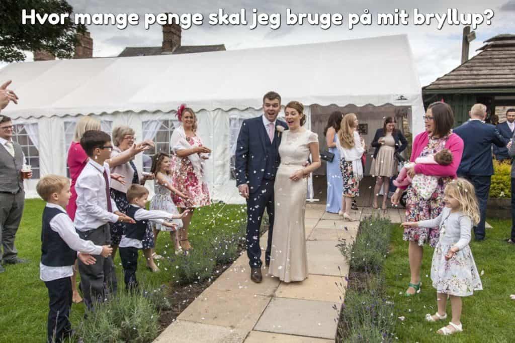 Hvor mange penge skal jeg bruge på mit bryllup?